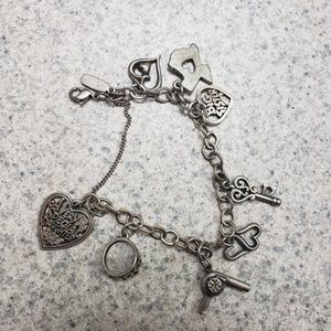 James avery bracelet with 8 charms